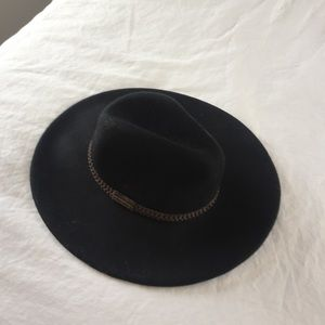 Billabong Accessories - Billabong black boho hat